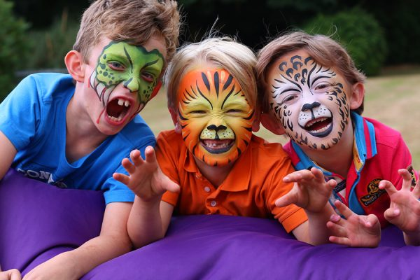 Follies-Childrens-Face-Painting-